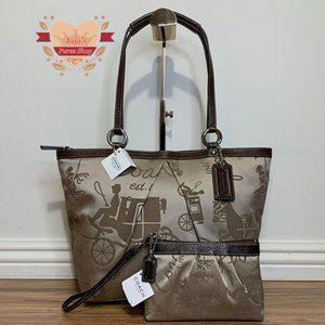 🤎Coach Signature Bag & Matching Wristlet🤎